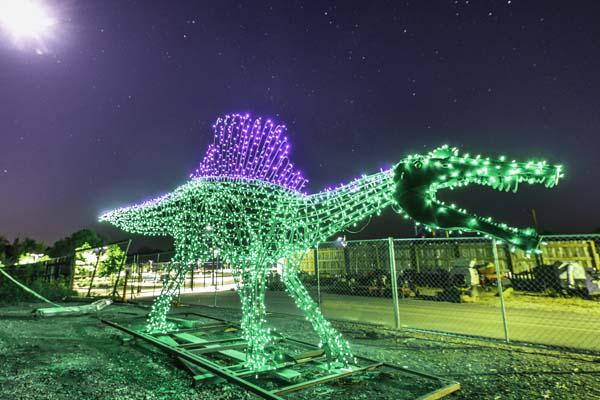 New Spinosaurus Sculpture