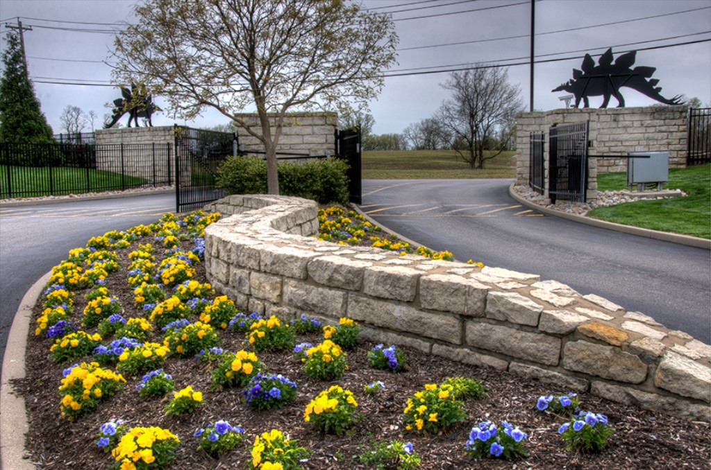 Visit our own garden of eden creation museum for Creation gardens
