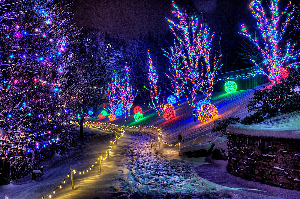 Christmas Town Pathway