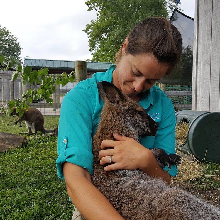 Leanne with Wallabies