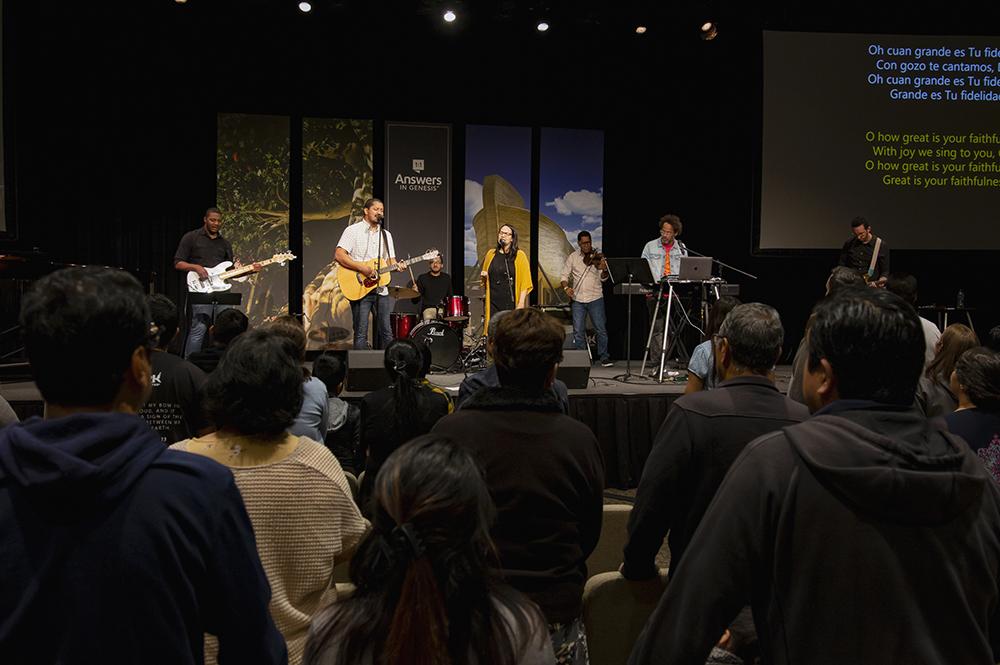 Día Latino Worship Service